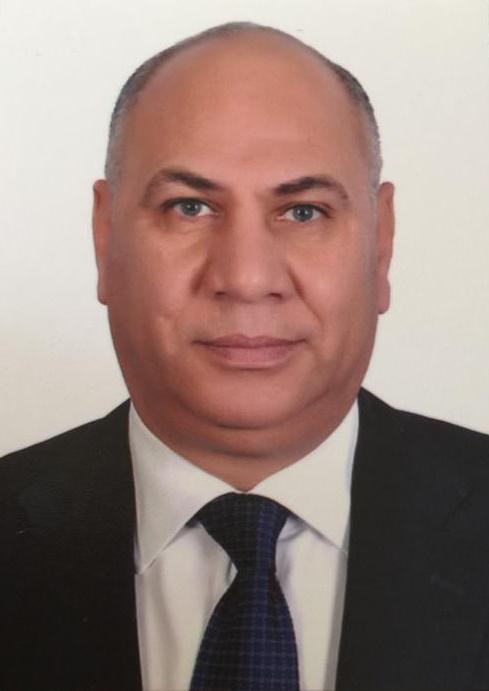 السيد الأستاذ/ عبد الحليم عمر